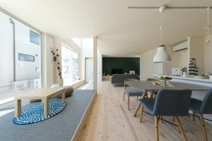【モデルハウス】仕切りのないLDKで多彩な暮らしを楽しむ家